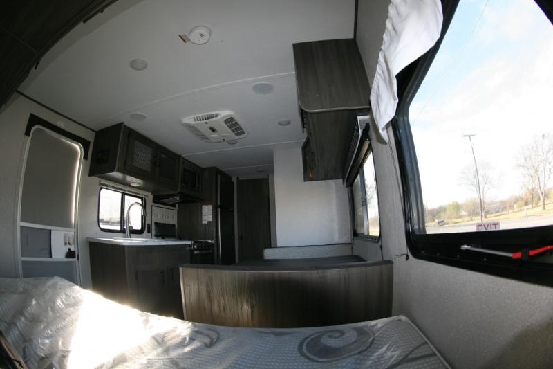 Forest River Shasta 18BH 2021 price $18,985
