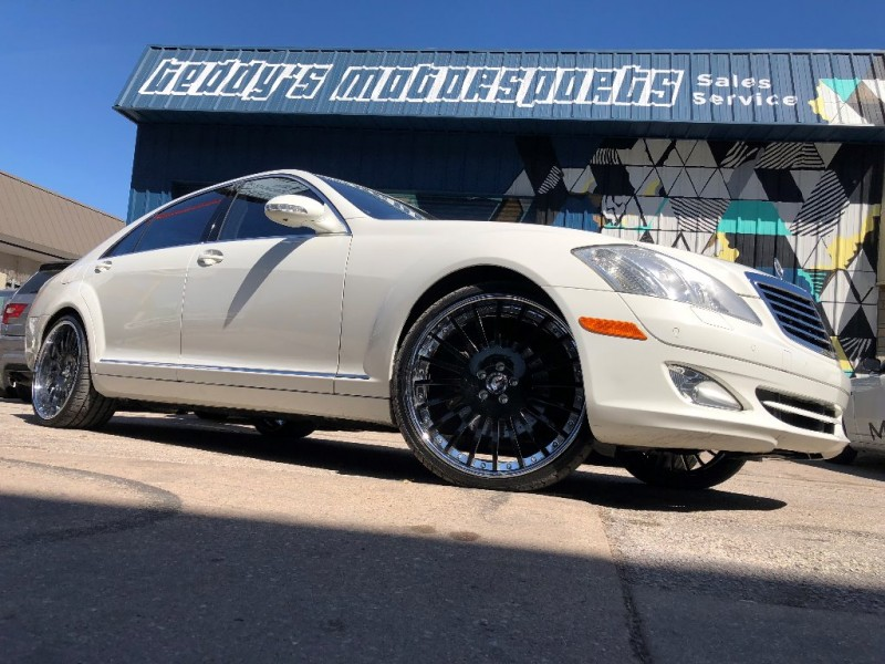 Mercedes-Benz S550 White/Black with 22' Forgiato Wheels 2008 price $14,995
