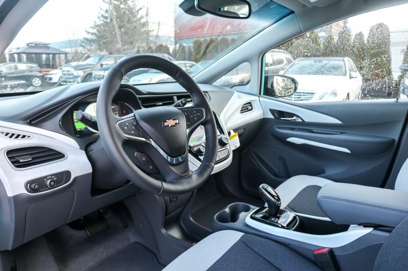 Chevrolet Bolt EV 2020 price $47,693