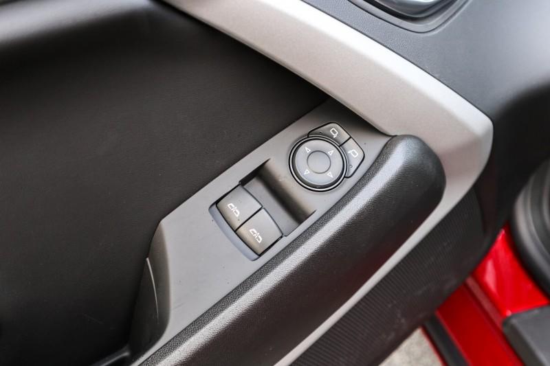 Chevrolet Camaro 2020 price $33,433