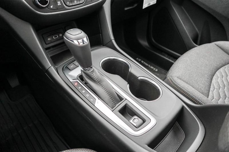 Chevrolet Equinox 2019 price $36,944