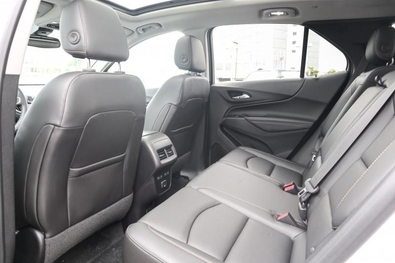Chevrolet Equinox 2019 price $38,999
