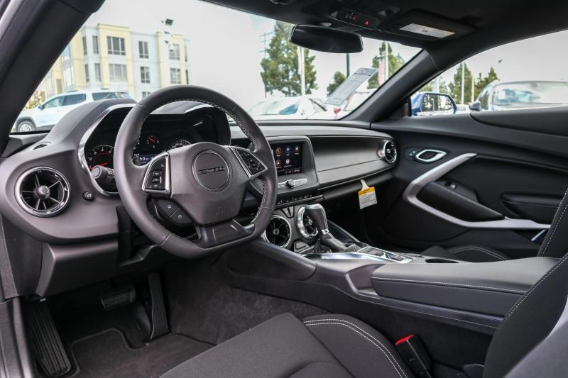 Chevrolet Camaro 2020 price $28,786