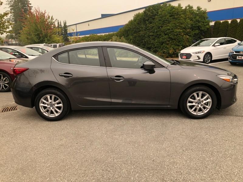 Mazda Mazda3 4-Door 2017 price $15,888