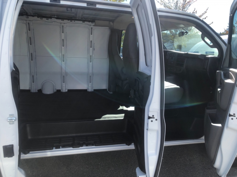Chevrolet Express Cargo Van 2020 price $35,888