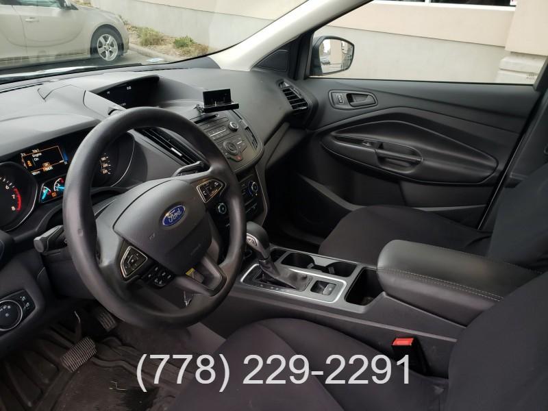 Ford Escape 2017 price $16,900