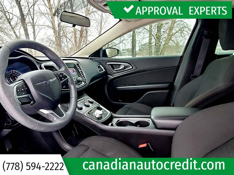 Chrysler 200 2016 price $14,988