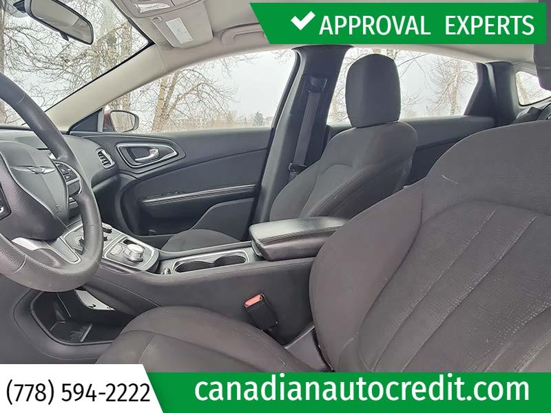 Chrysler 200 2015 price $10,988
