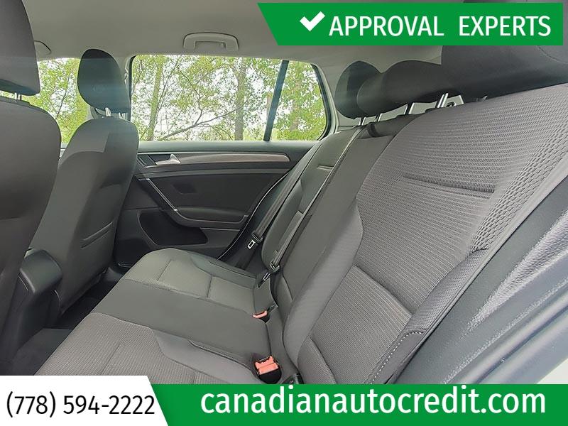 Volkswagen Golf 2019 price $21,988