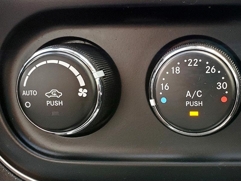 Jeep Compass 2014 price $17,988