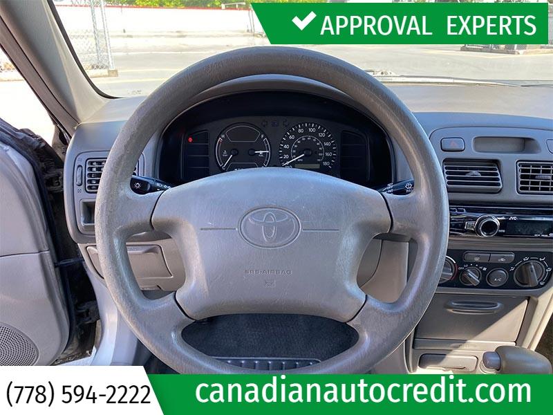 Toyota Corolla 2002 price $2,988