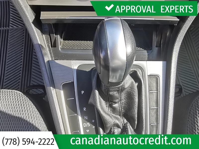 Volkswagen Golf 2017 price $23,988