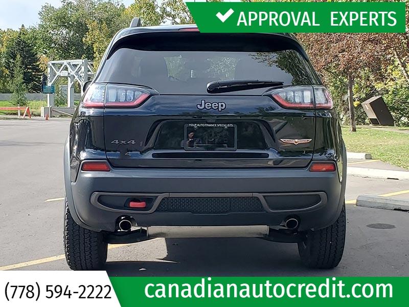 Jeep Cherokee 2019 price $38,988