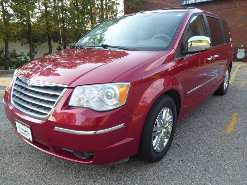 Chrysler Town & Country 2008 price $5,471