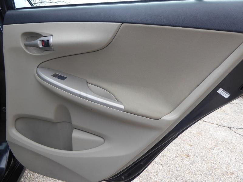 Toyota Corolla 2012 price $9,971