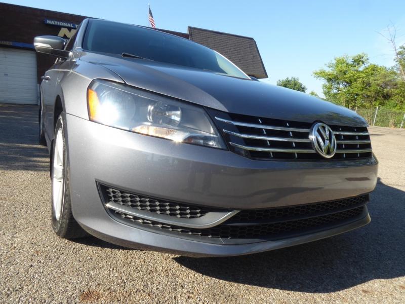 Volkswagen Passat 2013 price $13,880