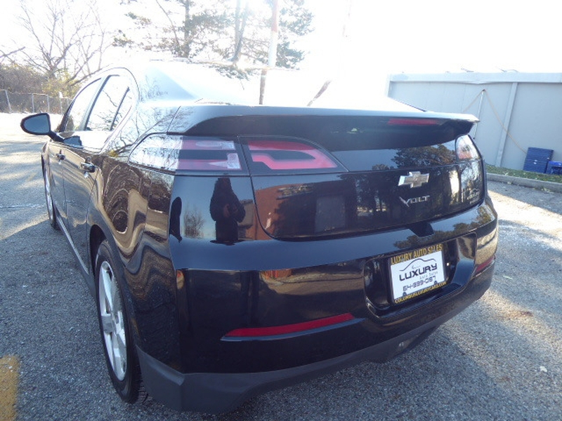 Chevrolet Volt 2013 price $6,995