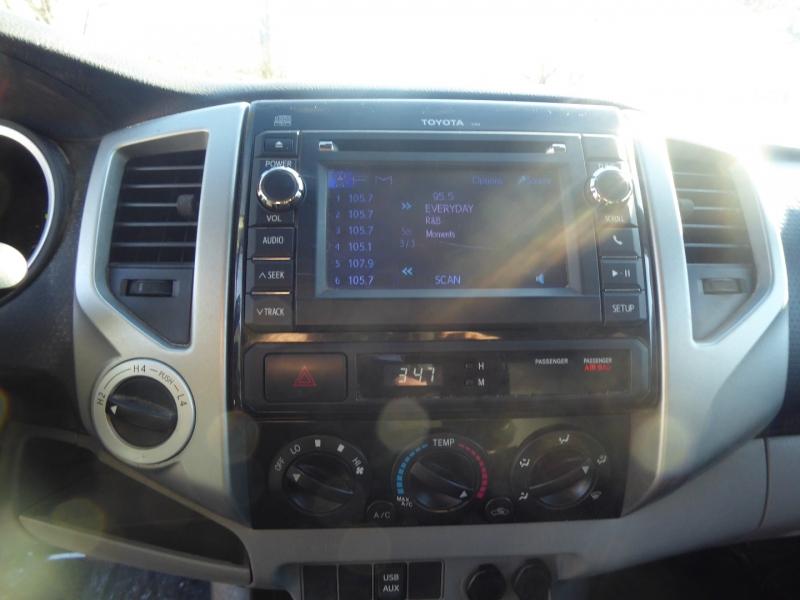 Toyota Tacoma 2013 price $19,995