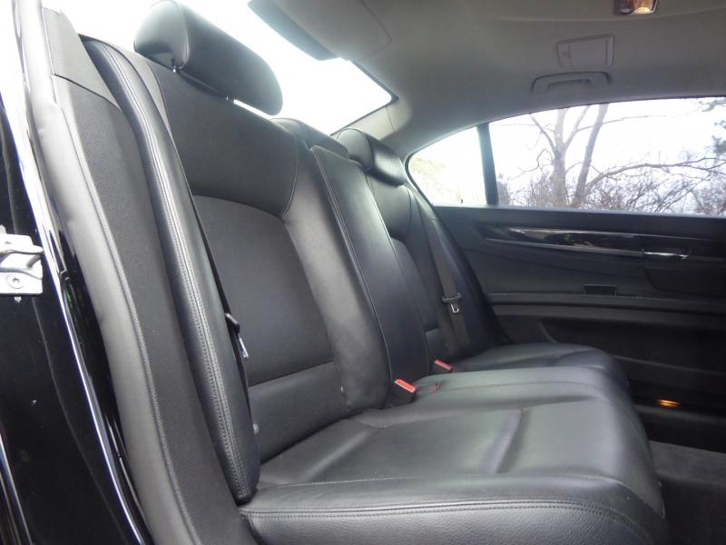 BMW 7-Series 2013 price $28,971