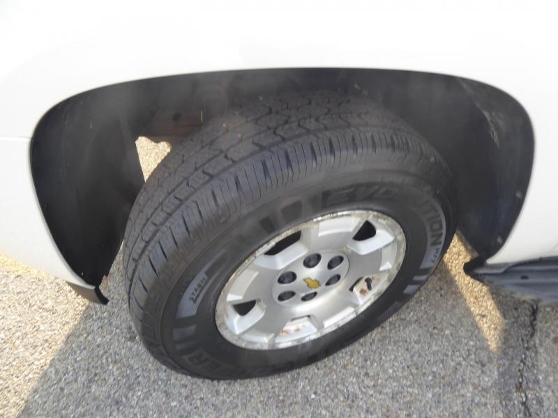 Chevrolet Tahoe 2011 price $18,123