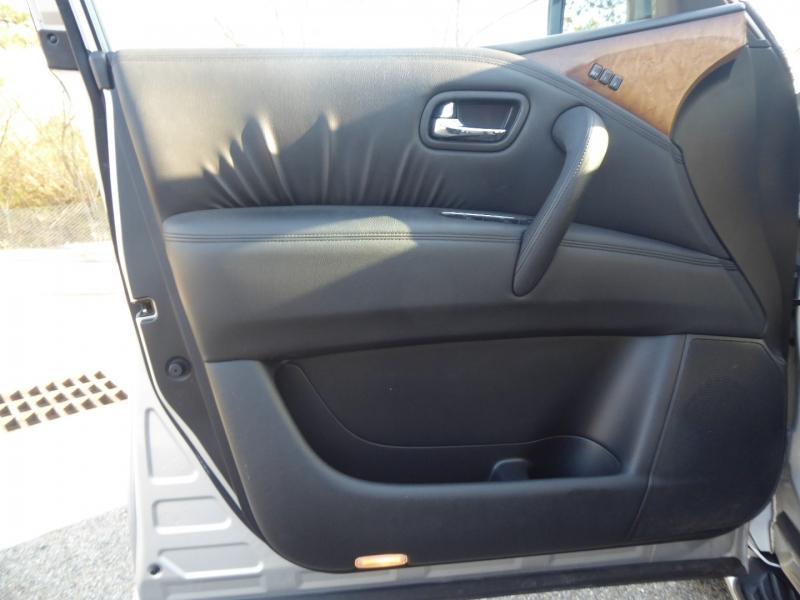 Infiniti QX56 2011 price $19,995