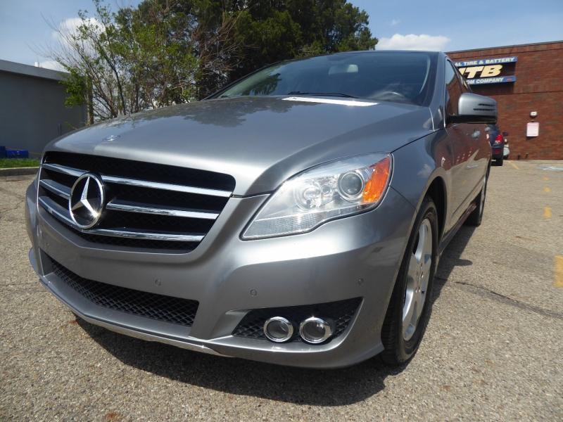 Mercedes-Benz R-Class 2011 price $12,995