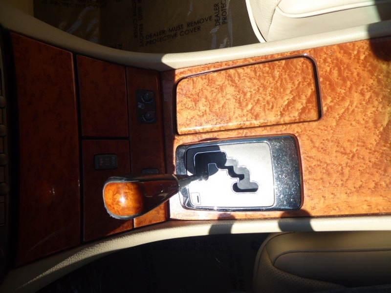 Lexus LS 430 2004 price $8,995