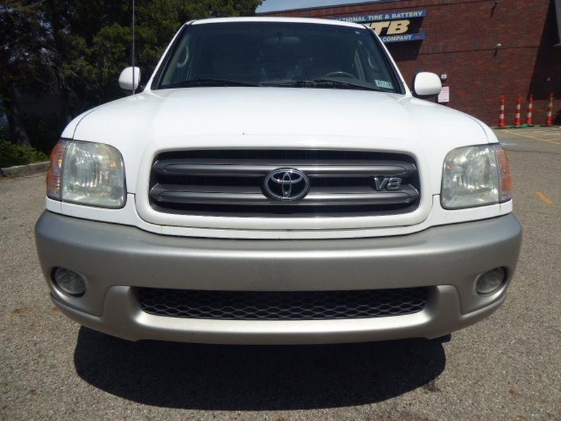 Toyota Sequoia 2004 price $6,495