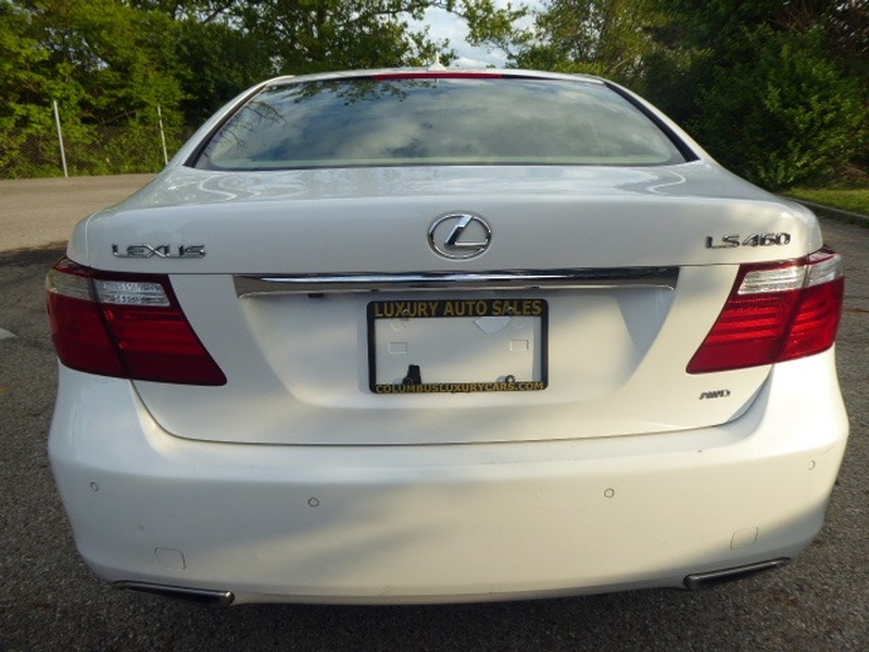 Lexus LS 460 2009 price $15,209