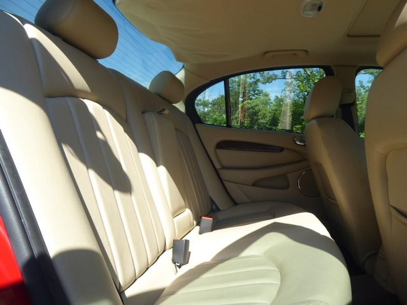 Jaguar X-TYPE 2004 price $7,372
