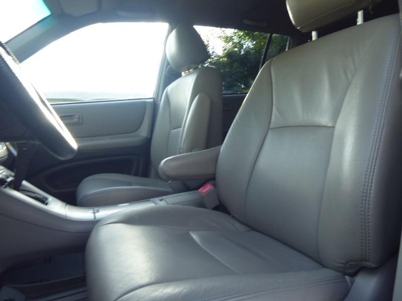 Toyota Highlander 2006 price $10,971