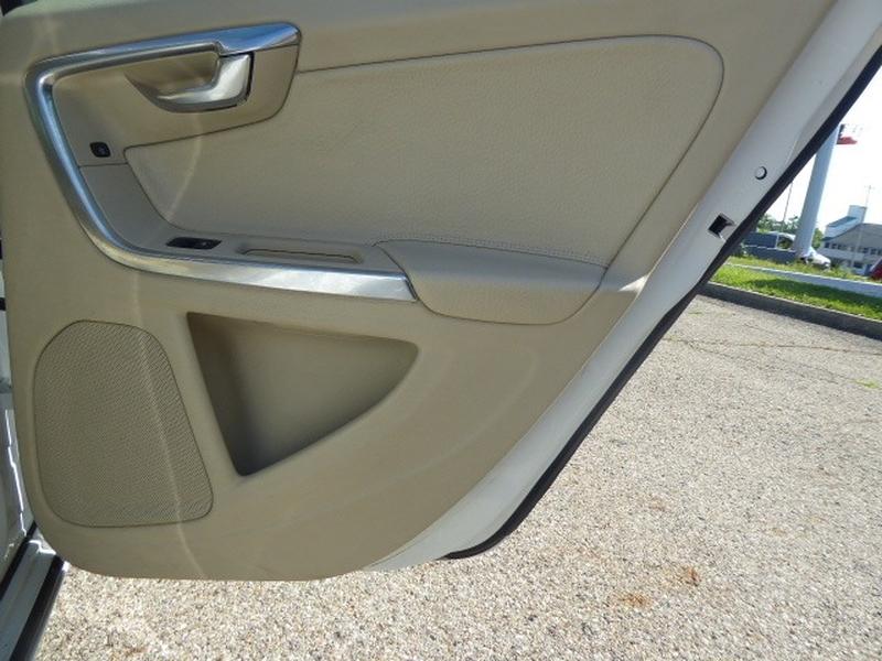 Volvo S60 2011 price $9,995