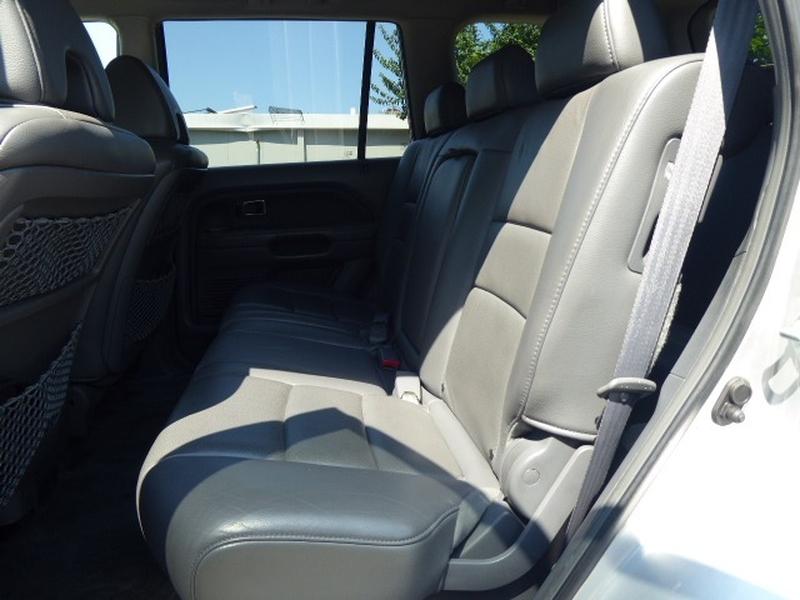 Honda Pilot 2006 price $7,492