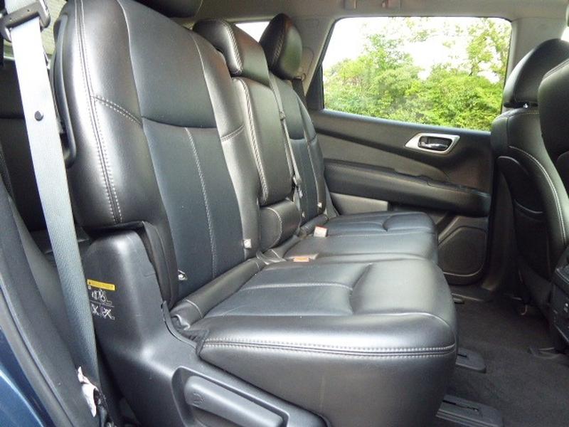 Nissan Pathfinder 2014 price $12,534