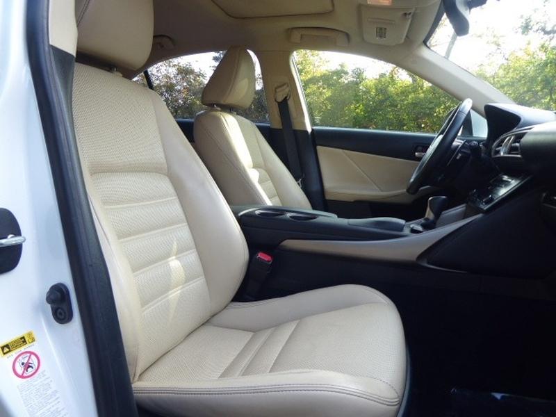 Lexus IS 250 2014 price $20,964