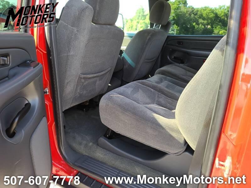 Chevrolet Silverado 2500HD 2006 price $13,995