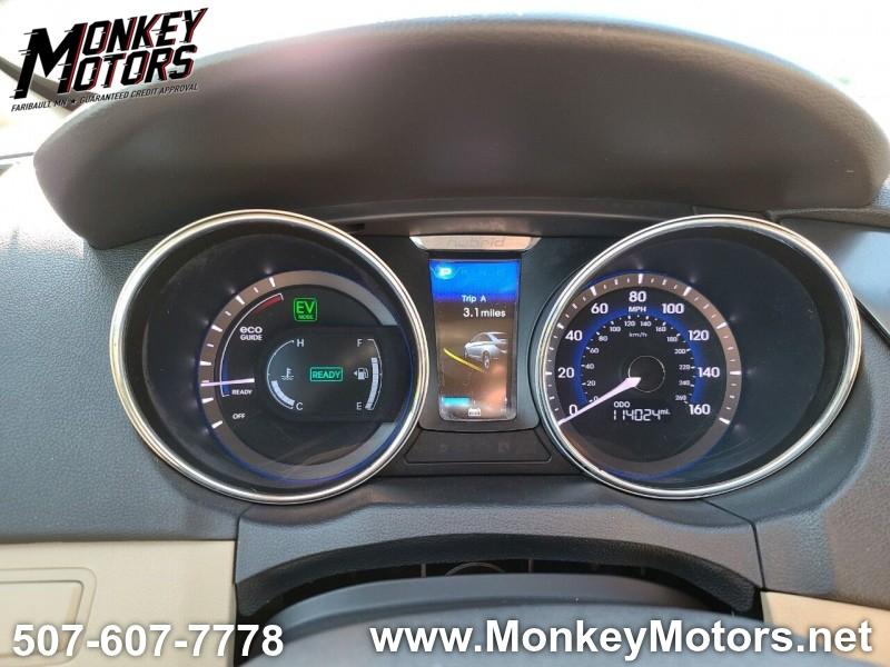 Hyundai Sonata Hybrid 2012 price $7,995