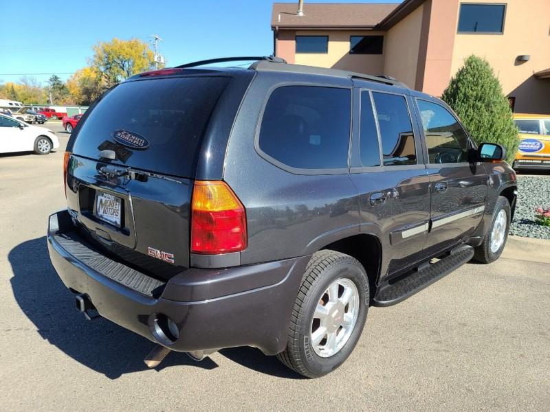 GMC Envoy 2005 price $3,995