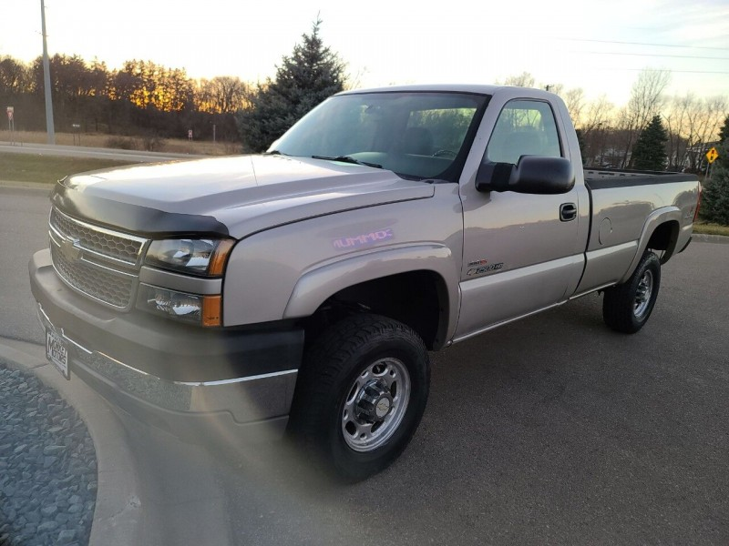 Chevrolet Silverado 2500HD 2005 price $12,995