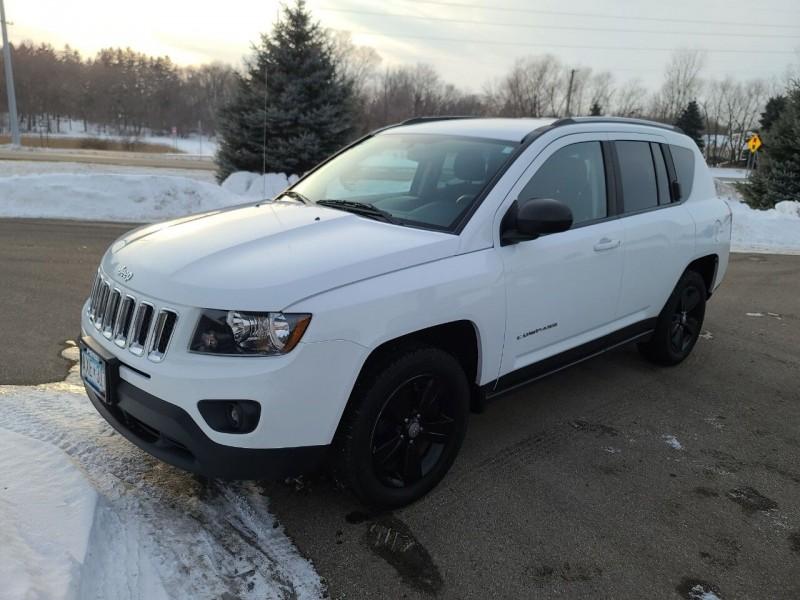 Jeep Compass 2017 price $10,995