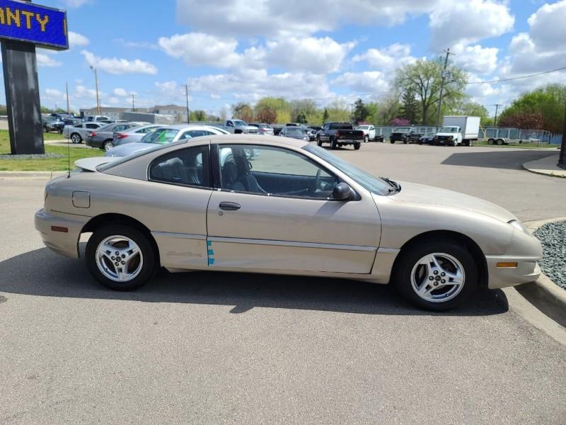 Pontiac Sunfire 2004 price $1,995
