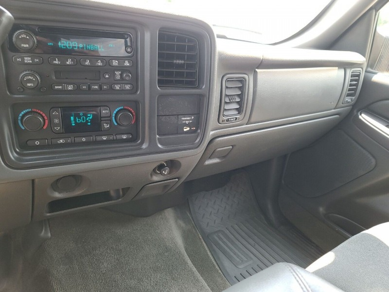 Chevrolet Silverado 2500HD 2005 price $18,995