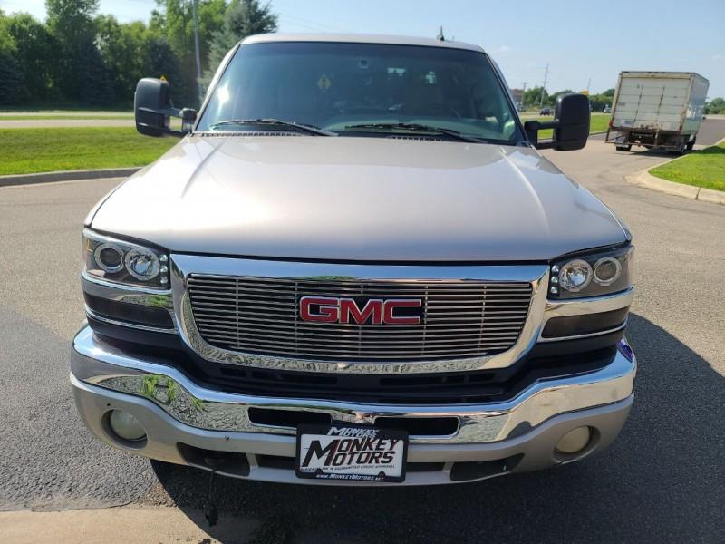 GMC Sierra 2500HD 2006 price $19,995