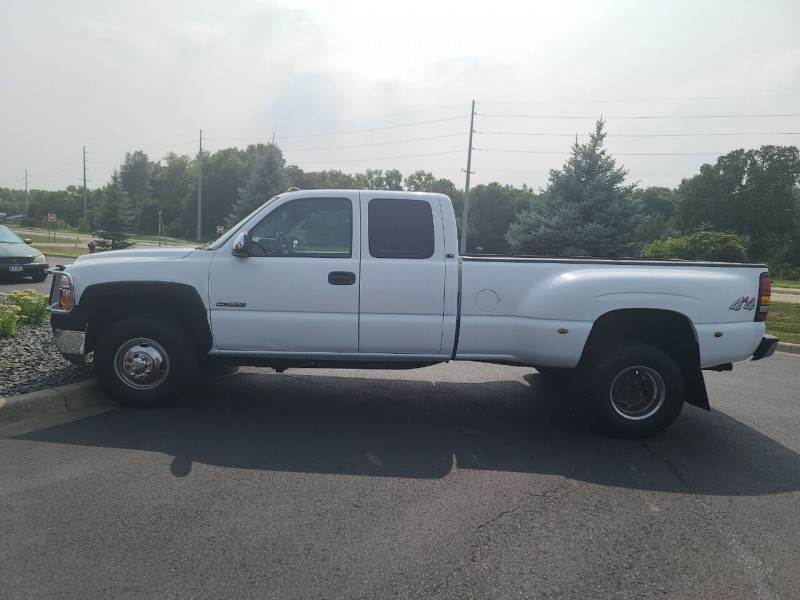 Chevrolet Silverado 3500 2001 price $15,995