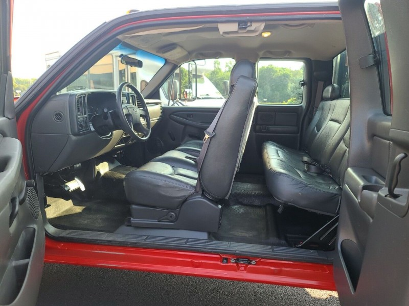 Chevrolet Silverado 3500 2005 price $14,995