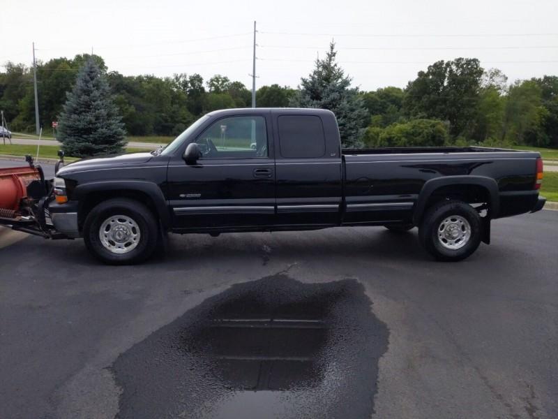 Chevrolet Silverado 2500 2000 price $9,995