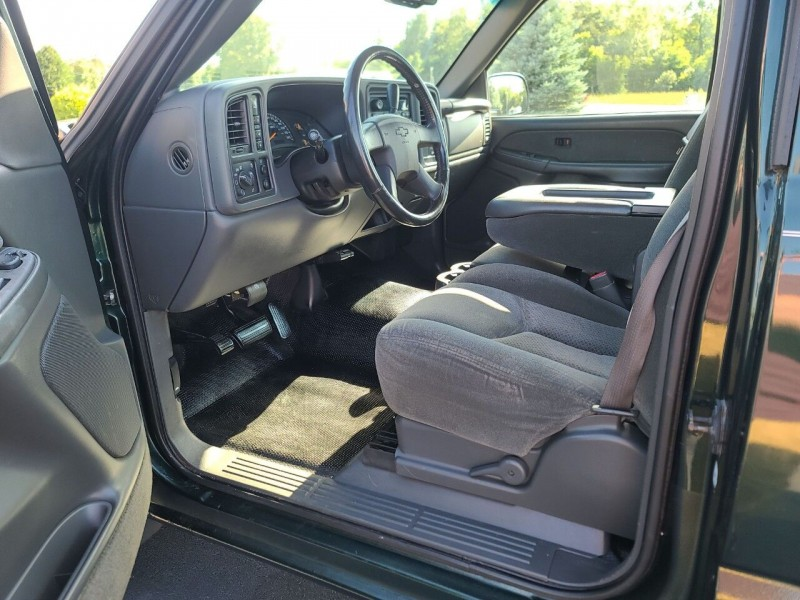 Chevrolet Silverado 2500HD 2003 price $17,995