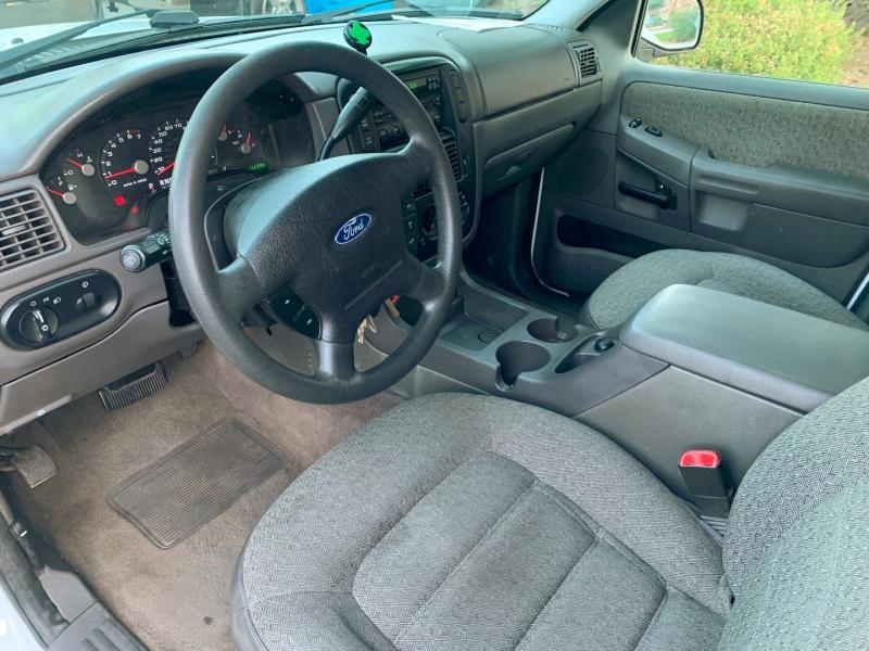 Ford Explorer 2004 price $4,400