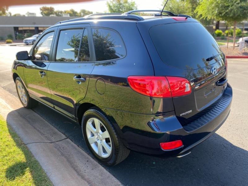 Hyundai Santa Fe 2009 price $7,500 Cash