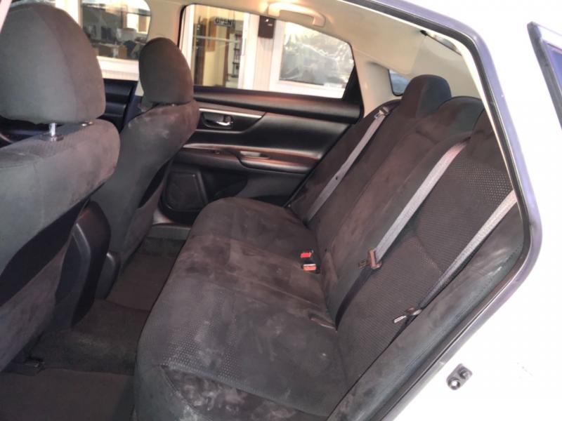 Nissan Altima 2015 price $10,495